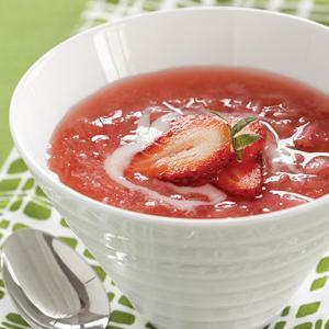 Scandinavian Vanilla Rhubarb Soup