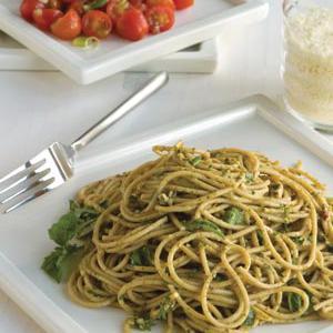 Spaghetti with Pesto and Fresh Tomatoes