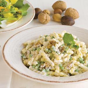 Gemelli with Gorgonzola, Peas & Walnuts