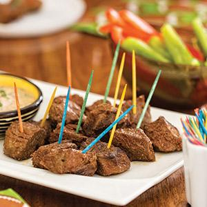 Smoky Steak Bites with Spicy Peach Dip