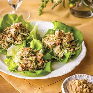 Turkey Lettuce Wraps With Scallion Peanut Sauce