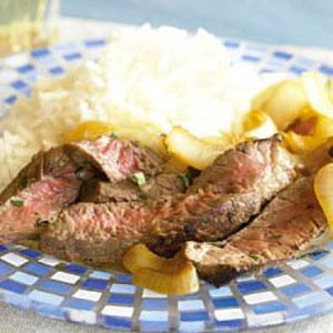 Bistec Encebellado (Steak and Onions)