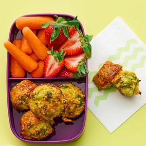 Cheesy Broccoli-Quinoa Bites