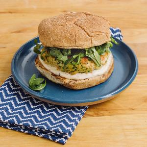 Lemon-Pepper Salmon Burgers with Arugula and Aioli