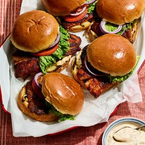 Blackened Fish Sandwiches with Easy Remoulade