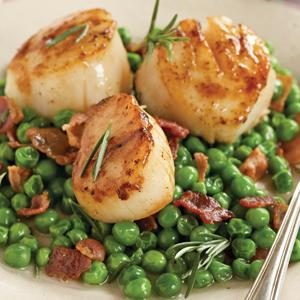 Sauteed Scallops with Bacon and Peas