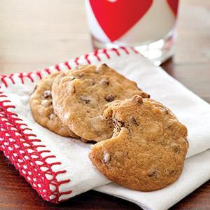 Chocolate Chip Macadamia Nut Cookies
