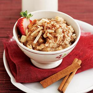 Apple-Cinnamon Power Oatmeal