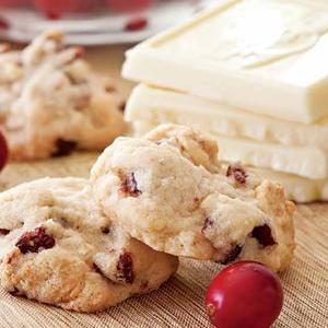Autumn Cranberry-White Chocolate Cookies