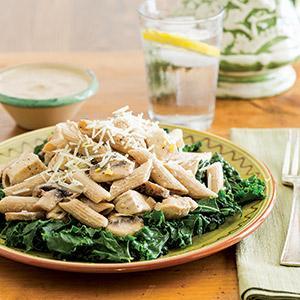 Garlicky Chicken Kale Pasta