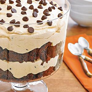 Chocolate-Pumpkin Cheesecake Trifle