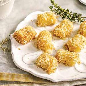 Baked Mozzarella Bites with Quick Marinara
