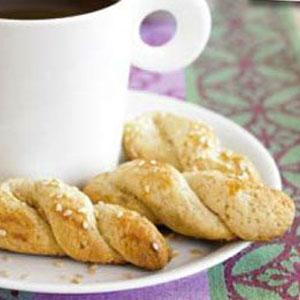 Sesame Cookie Twists