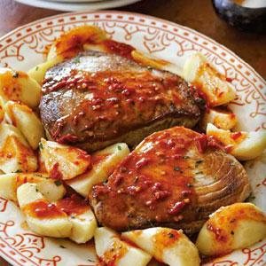 Tuna Steaks with Spicy Pepper Sauce