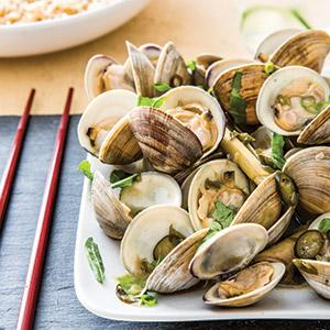 Asian Coconut, Chili, and Lime Steamed Clams