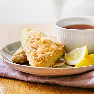 Simple Scones with Lemon Glaze