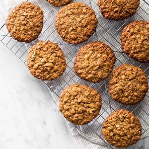 """Baklava"" Oatmeal Cookies"