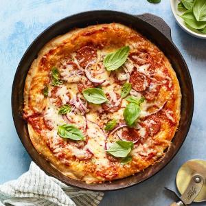 Cast-Iron Skillet Pizza