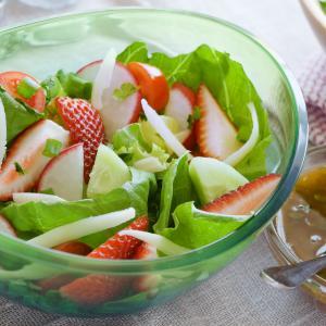 Strawberry Cucumber Salad