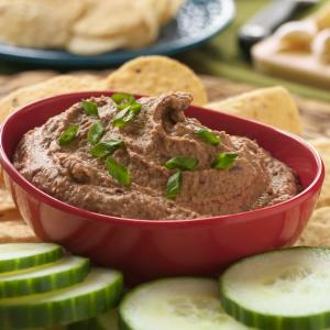 Roasted Garlic and Black Bean Dip