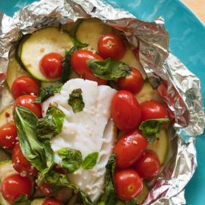 Cod Packets with Zucchini, Tomatoes and Mint
