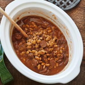 Slow Cooker Bean-Hole Beans