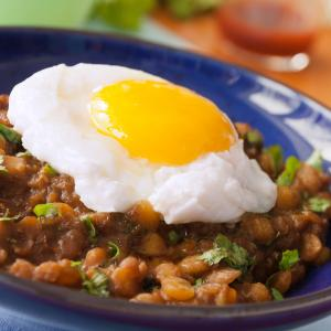 Spiced Lentils with Eggs