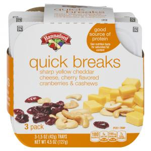 Hannaford Quick Breaks Sharp Yellow Cheddar