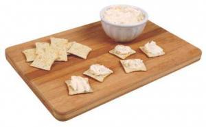 Pineland Farms Horseradish Cheddar Spreadable Cheese