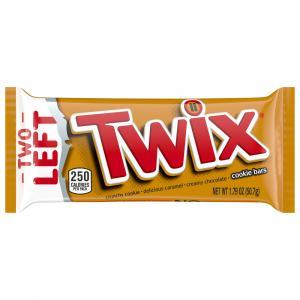 Twix Caramel Cookie Bars