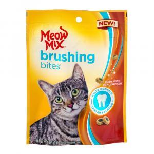 Meow Mix Brushing Bites Chicken Cat Treats