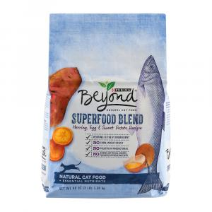 Beyond Dry Cat Superfood Blend Herring, Egg And Sweet Potato