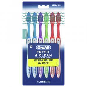 Oral-B Fresh & Clean Medium Toothbrushes