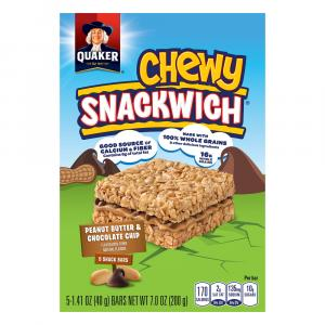 Quaker Chewy Snackwich Peanut Butter & Chocolate Chip Bars